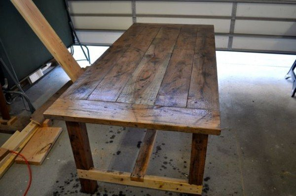 Distressed Table Vinegar And Steel Wool DIY Projects