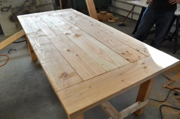Distressed Farm Table Project - How to build a farm table ...