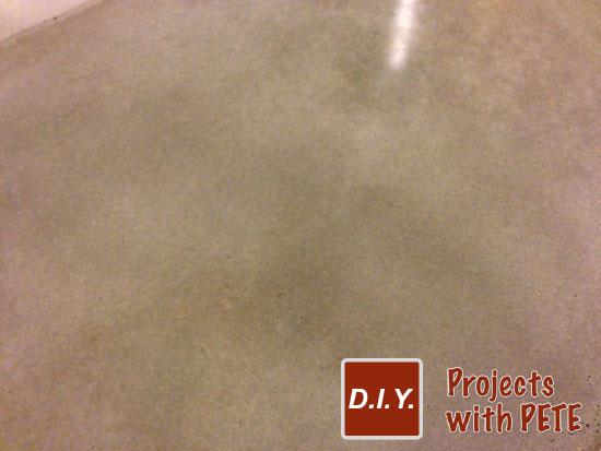 concrete-table-sanded