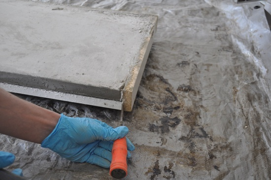 how-to-remove-mold-from-concrete-counter