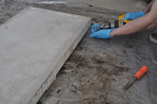 remove-concrete-from-mold