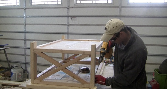attach-table-top-to-base-farm-table