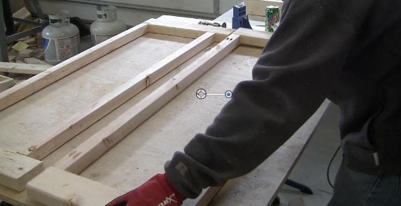 how-to-make-a-farmhouse-coffee-table