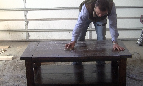 sanding-rustic-furniture-coffee-table