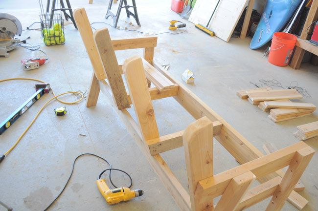 finishedbacksupports & Free Patio Chair Plans - How to Build a Double Chair Bench with Table