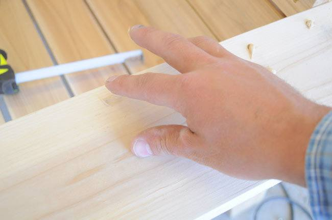 how-to-fill-screw-holes