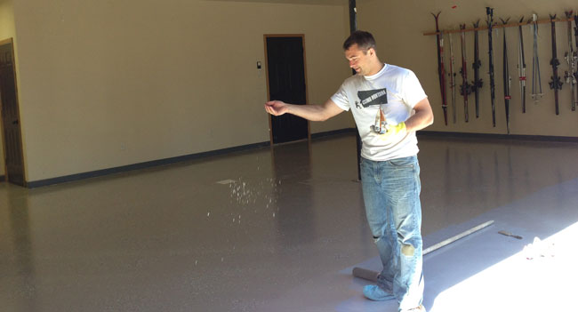 applying-decorative-flakes-to-epoxy-floor
