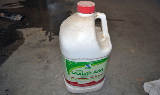 How to clean garage floor with muriatic acid thefloors co for Hydrochloric acid for cleaning concrete