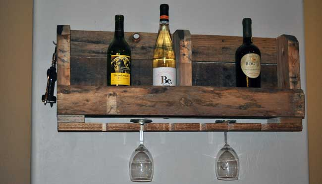 how to make a pallet wine rack with diy pete. Black Bedroom Furniture Sets. Home Design Ideas