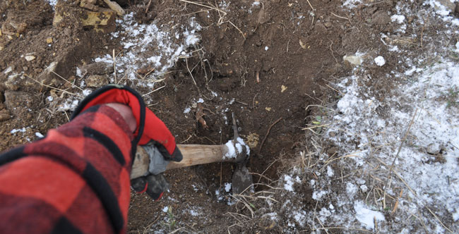 how-to-dig-in-rough-soil