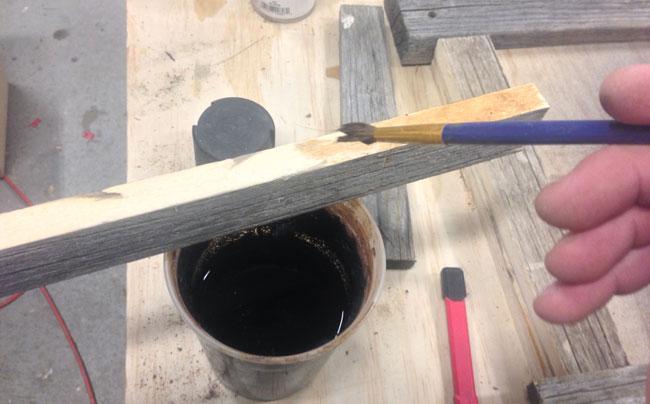 vinegar-and-steel-wool-on-barnwood