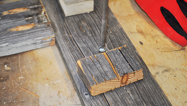 diy-pete-how-to-build-a-barnwood-photo-frame-drill-process