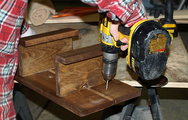 diy-pete-how-to-make-a-wood-towel-rack-drilling-holes