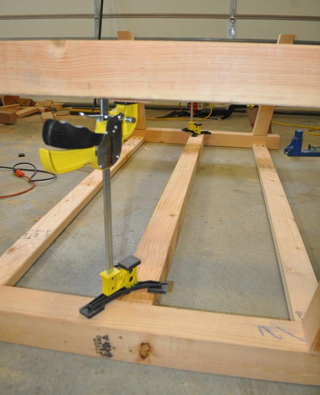 how-to-make-a-4x4-farmhouse-table
