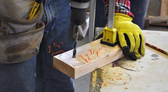 how-to-make-cornhole-board-legs
