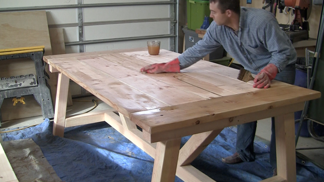 How to Build a Farmhouse Table : how to stain a farm table diy pete from www.diypete.com size 650 x 365 jpeg 146kB