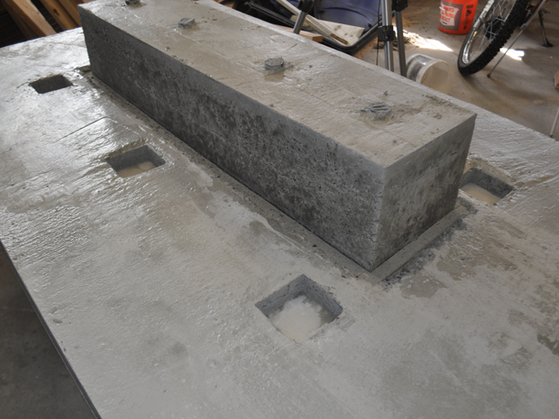 concrete-table-with-trough-plans