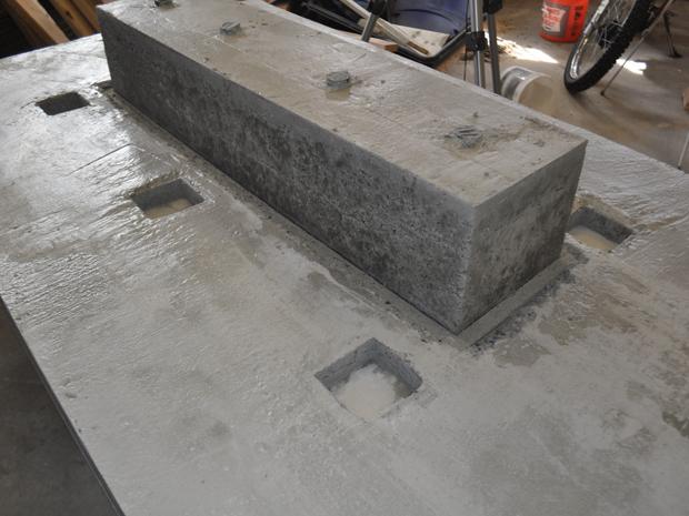 concrete-table-with-trough-plans