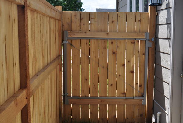 cedar-fence-gate-ideas