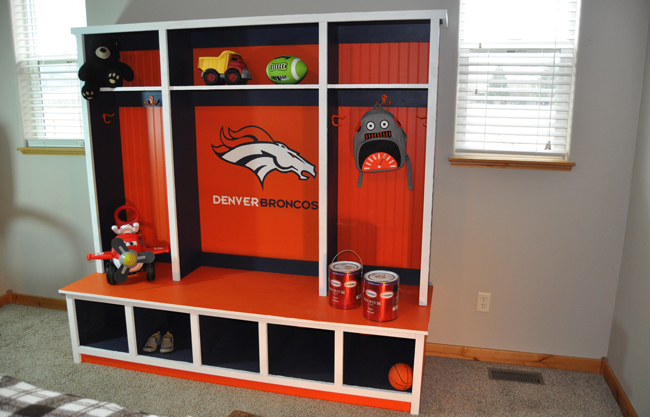 Kids Bedroom Hutch
