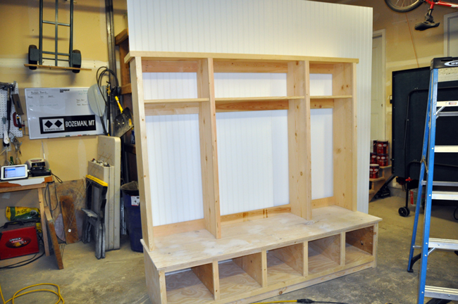 How to build a hutch – Garage Locker Plans