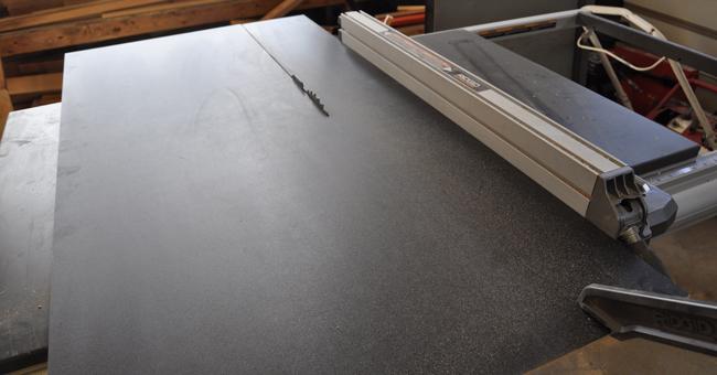 Cutting-a-chalkbaord-on-a-ridgid-table-saw