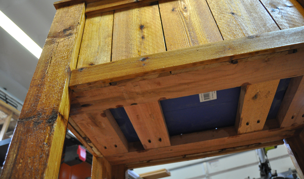 underside-of-cedar-ice-chest