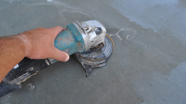 How to easily remove stains from concrete
