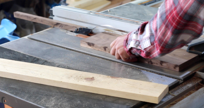 butcher-block-cutting-board-17