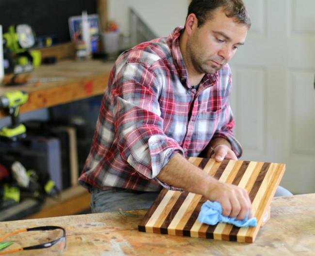 butcher-block-cutting-board-3