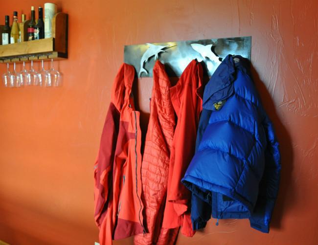 marine-life-metal-coat-rack-diy-pete-8