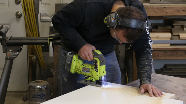 Making a concrete table mold