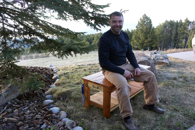 diy-pete-with-garden-bench