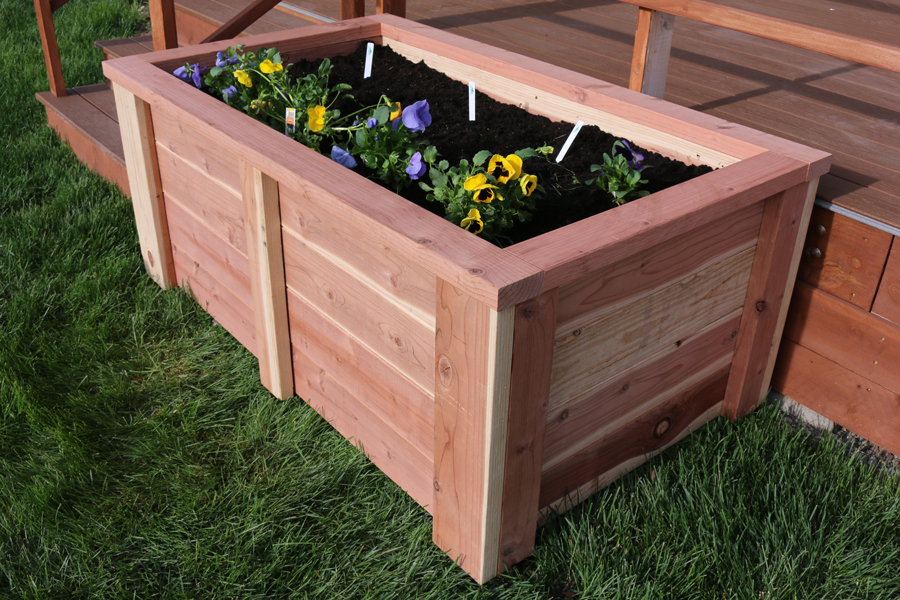 Diy raised garden bed for Diy patio bed