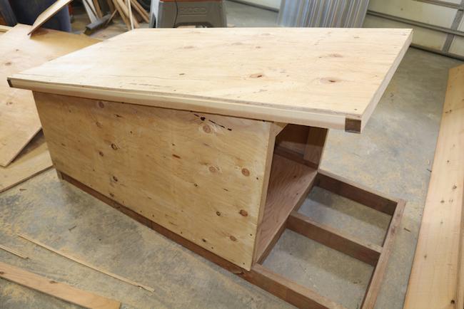 doghouse frame