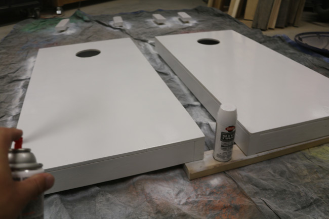 painting-cornhole-boards-krylon
