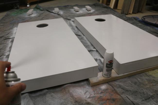 painting-cornhole-boards-krylon