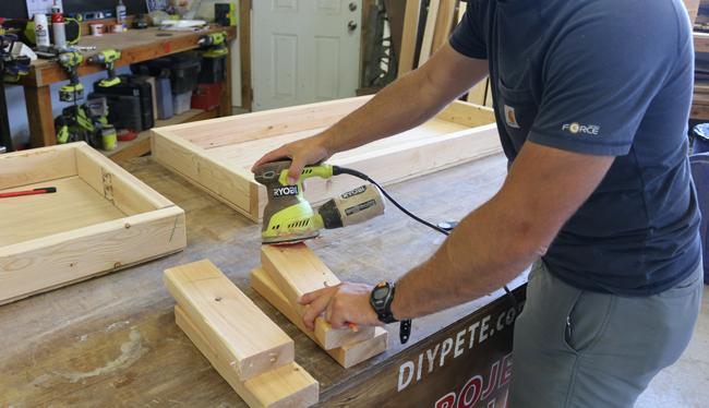 sanding-cornhole-boards