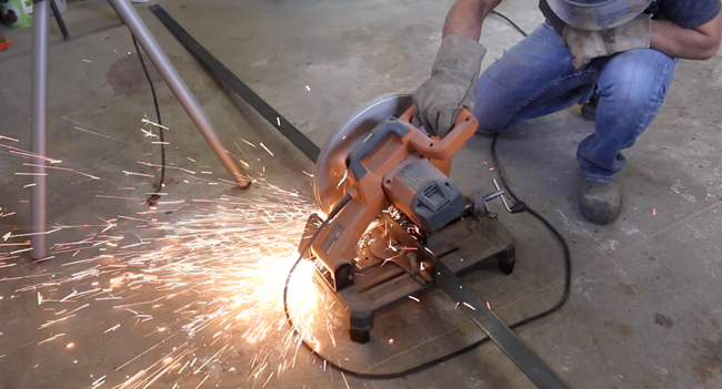 How to cut metal flat bar