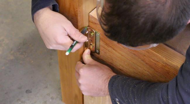 How to add cedar bed rails