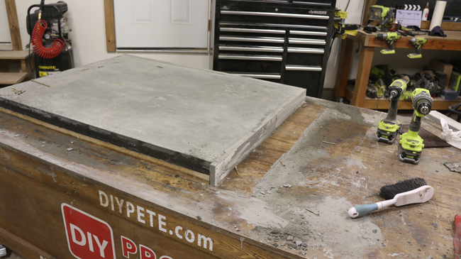 how to remove a concrete table from a mold