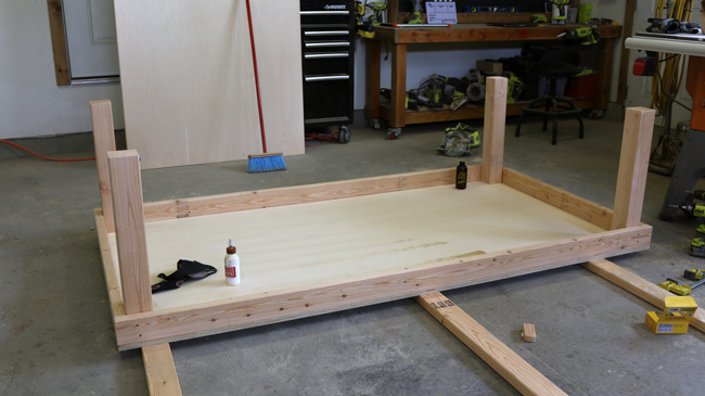 connect the support boards - Rolling Workbench