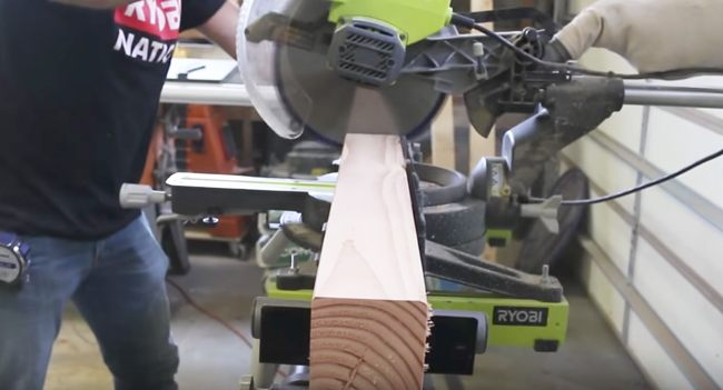 Cutting the legs with the mitre saw