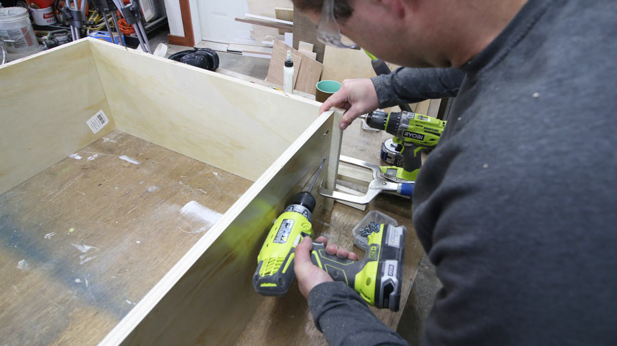 how to make cabinet uppers