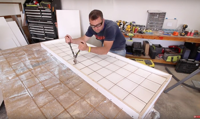 using a bolt cutter for concrete counter reinforcement