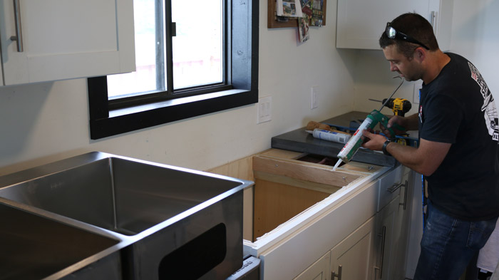 install undermount sink for concrete countertops