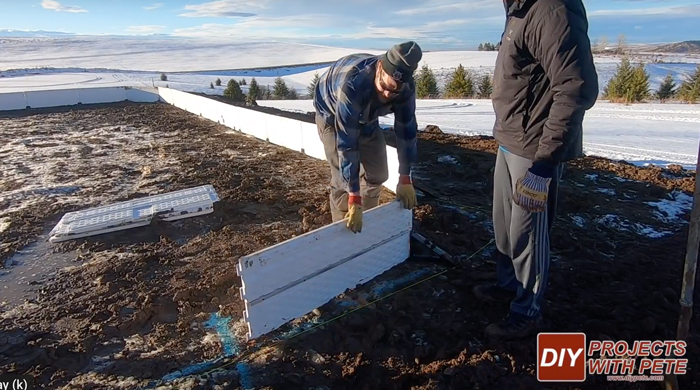 how to build an outdoor hockey rink