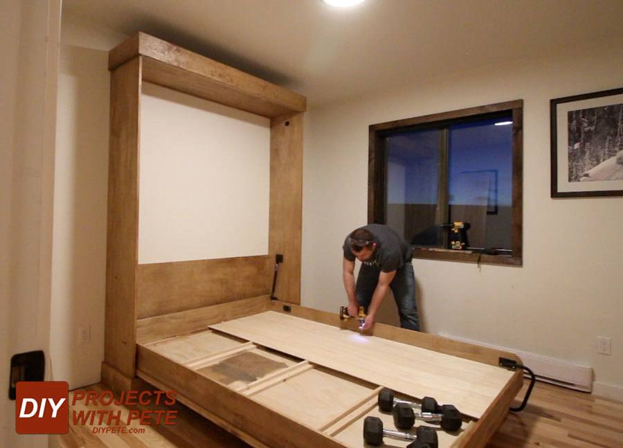 building a murphy bed