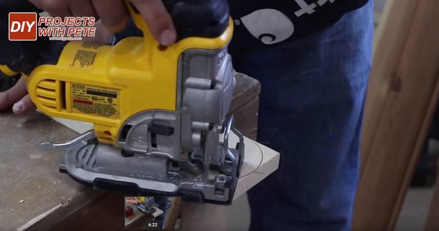 cutting cornhole boards