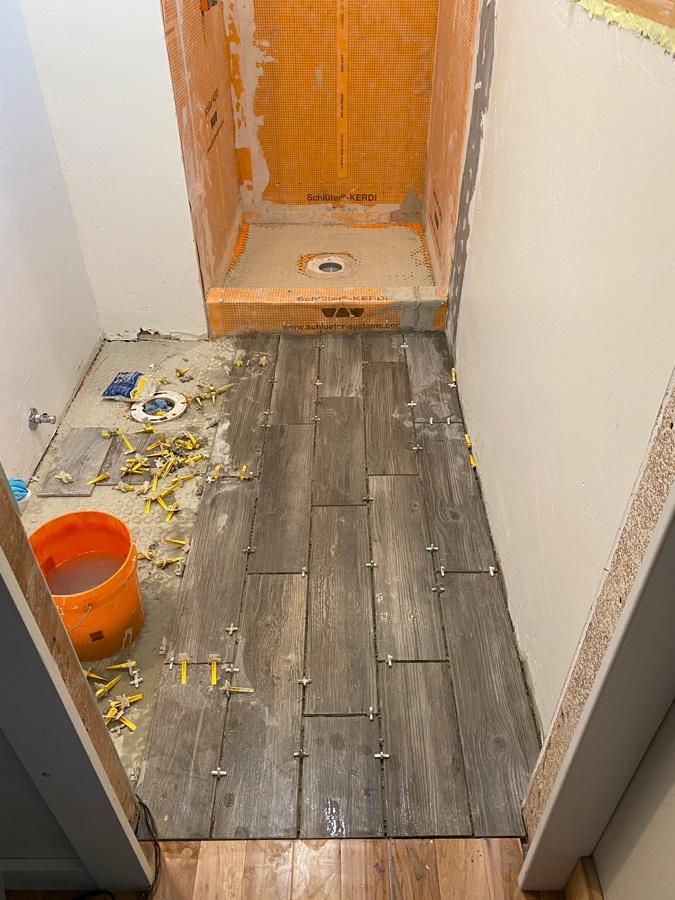 floor tile for small bathroom ideas